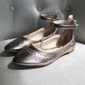 Other - •Gap Kid's• Gold flats